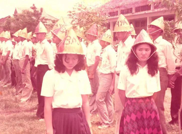foto gaya mahasiswa angkatan tahun 70-an © 2017 berbagai sumber