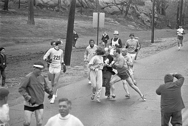 10 foto kathrine switzer pelari wanita pertama di maraton
