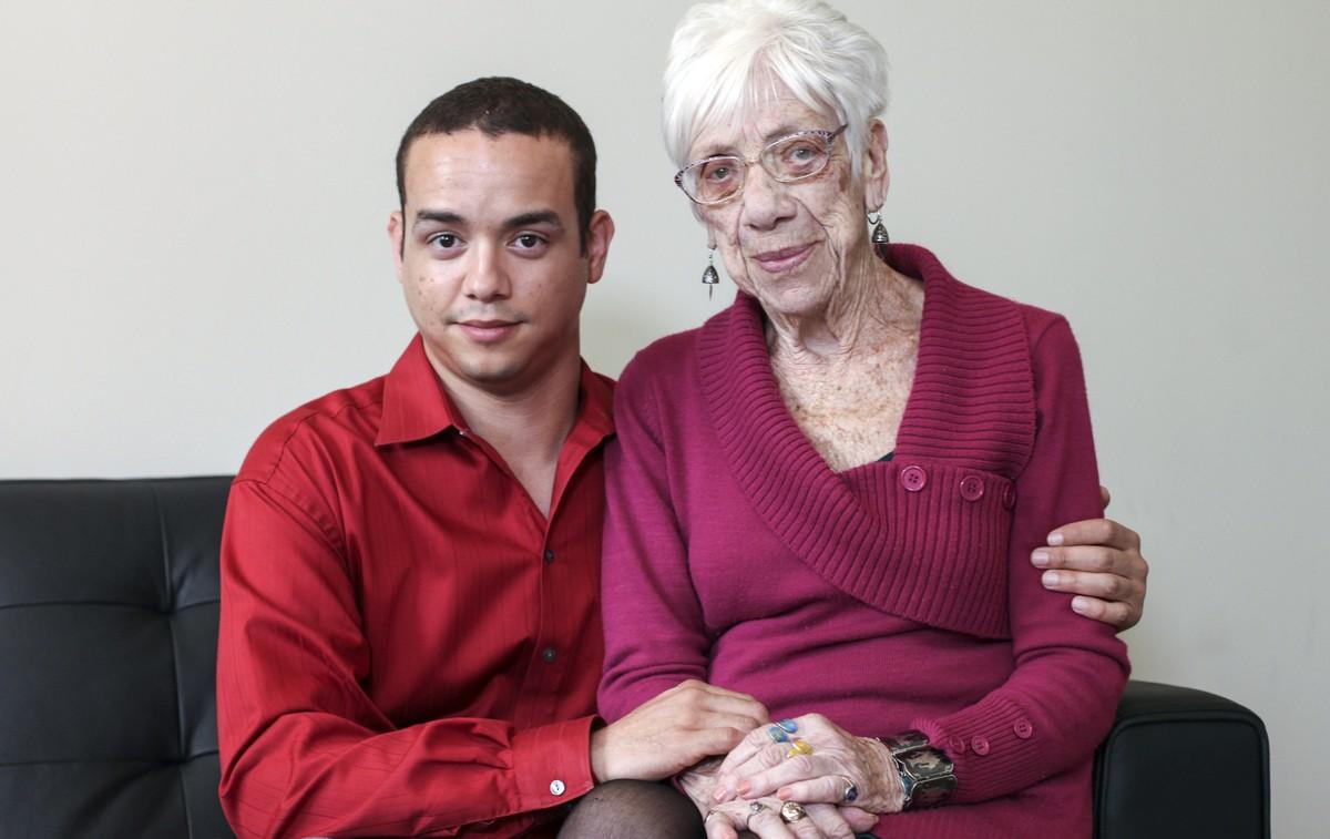 Bukti cinta tak kenal usia, pria ini pacari nenek 91 tahun