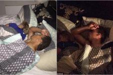 Pergoki pacar tidur dengan pria lain, reaksi cowok ini malah kocak