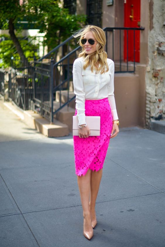 10 Padu Padan Fashion Item Warna Terang Tanpa Terlihat Norak Kec