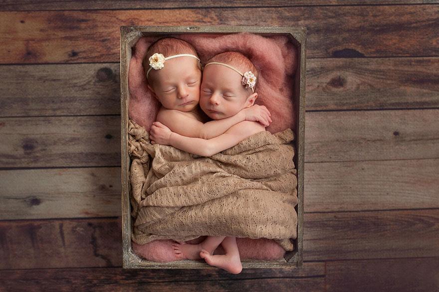 Jangan ajak bayi kelamaan di mal, ini bahaya yang ancam kesehatannya