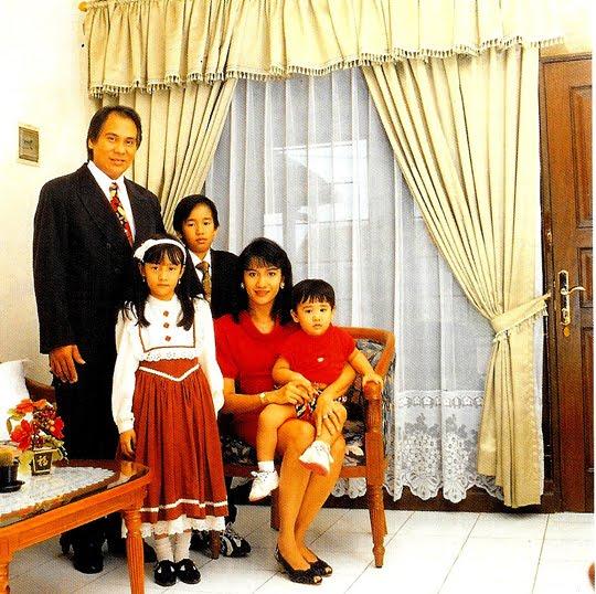 keluarga christine panjaitan © 2017 brilio.net