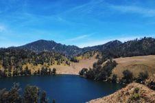 Ini taman nasional di Indonesia yang sedang digemari anak muda