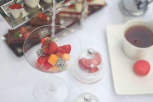 Sensasi strawberry high tea, bikin suasana kumpul makin hangat