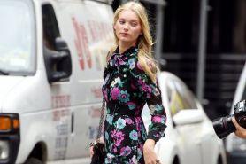 12 Street style ala Elsa Hosk, supermodel yang OOTD-nya stylish abis