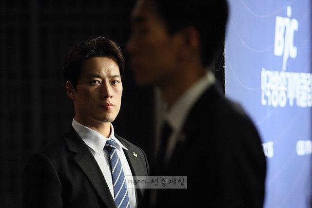 pengawal ganteng presiden korea © 2017 brilio.net