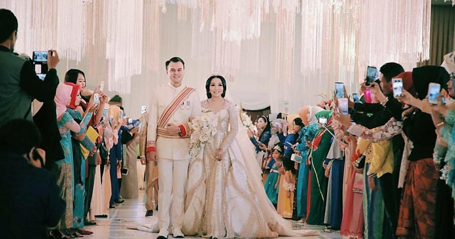 13 Foto pernikahan Ditmar Hadi dengan anak pengusaha, mewah dan meriah