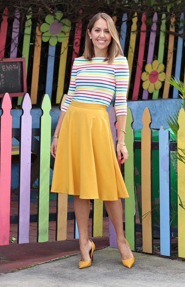 inspirasi gaya colorful stripes  © 2017 berbagai sumber