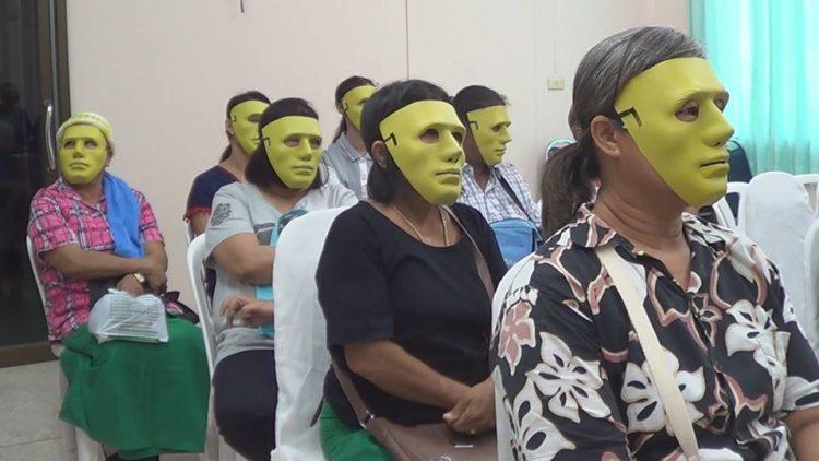 Rumah sakit ini sediakan topeng unik bagi pasien wanita, kenapa ya?
