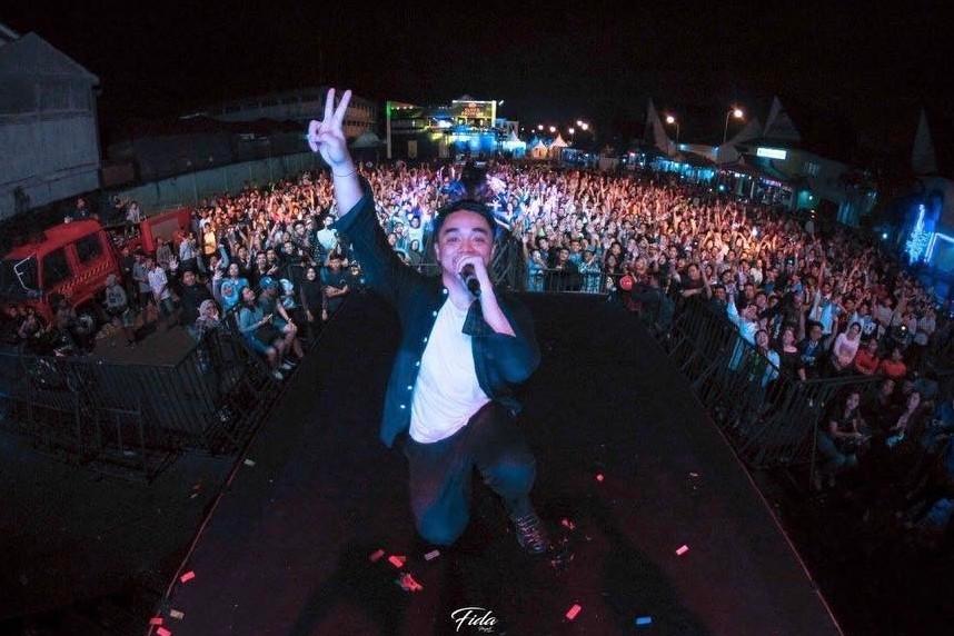Ini alasan Dipha Barus dijuluki sebagai 'DJ Syariah'