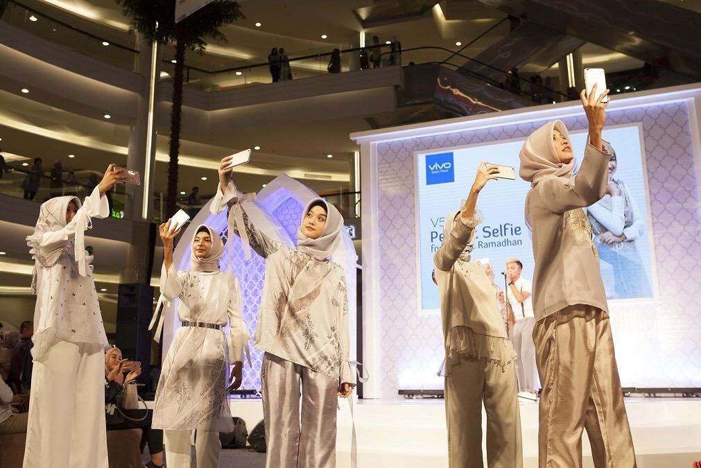 Shireen Sungkar dan Zaskia Sungkar kenalkan brand Zashi sambut Ramadan