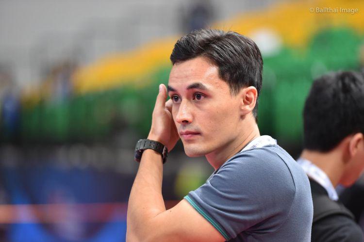 Pelatih futsal Yori van der Torren bikin cewek Thailand gagal fokus