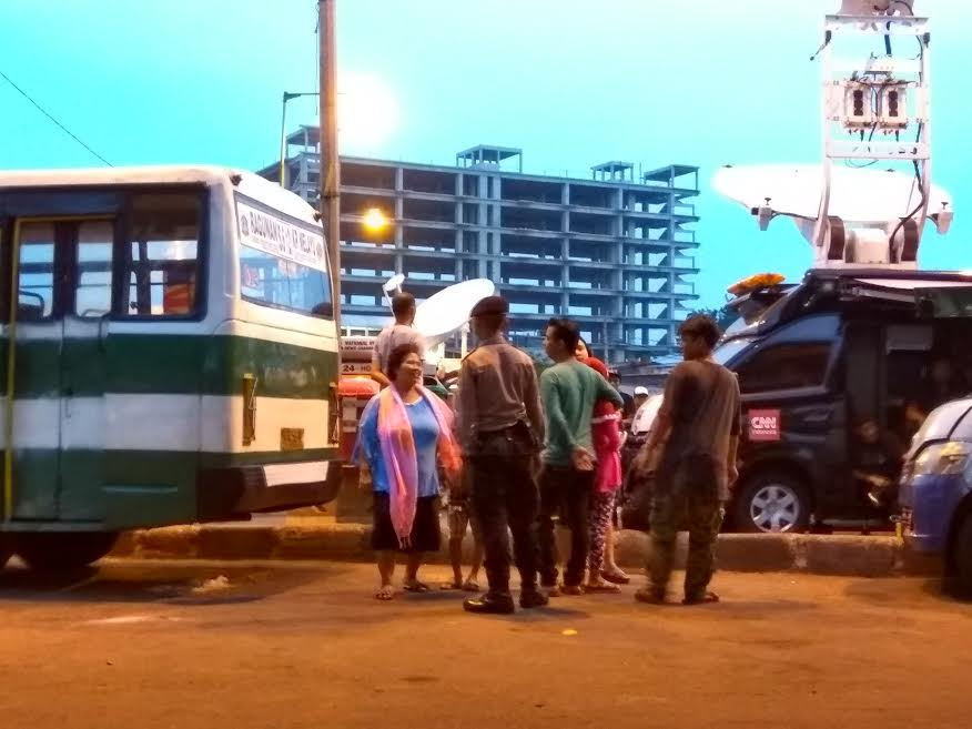 Selfie di TKP bom Kampung Melayu © 2017 brilio.net
