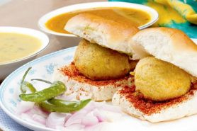 Ini lho resep bikin Vada Pav, burger khas India yang bikin ketagihan