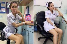 Berpakaian terlalu seksi, perawat ini dipaksa resign dari rumah sakit