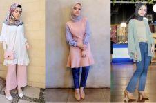 10 Inspirasi gaya hijab ala Gita Aisyah, cocok kamu tiru saat Ramadan
