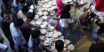 Masjid ini sediakan 2.500 porsi menu berbuka puasa gratis