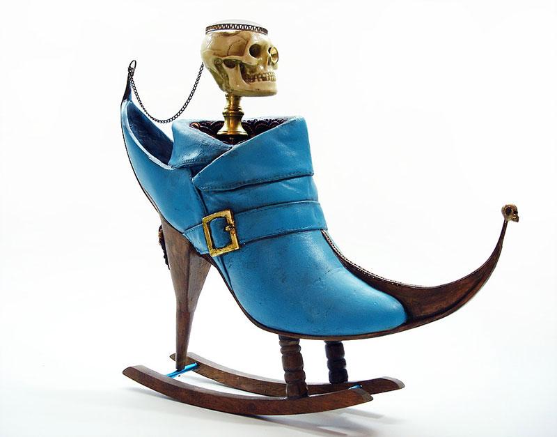 sepatu unik  © 2017 costamagarakis.com