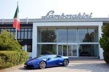 15 Foto di balik proses pembuatan mobil Lamborghini, pantesan mahal