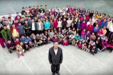 Pria ini tinggal satu atap dengan 39 istri, 94 anak dan 33 cucu
