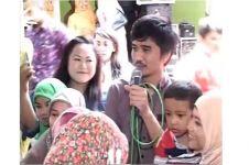 Aksi Duta SO7 nyanyi di acara kondangan, sosok sederhana banget