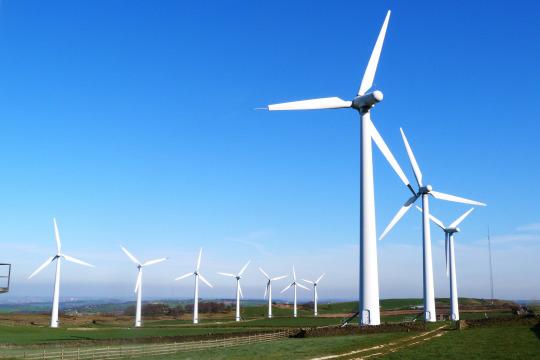 Indonesia lirik energi listrik tenaga angin, ini tantangan & solusinya