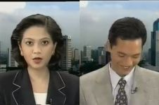 Tertawa saat live, alasan news anchor legend ini bikin ikutan senyum