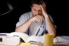 Riset ungkap kebiasaan begadang membuat seseorang dijauhi orang lain