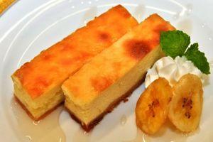 Cheesecake ini terbuat dari usus gorila, duh enak nggak ya?