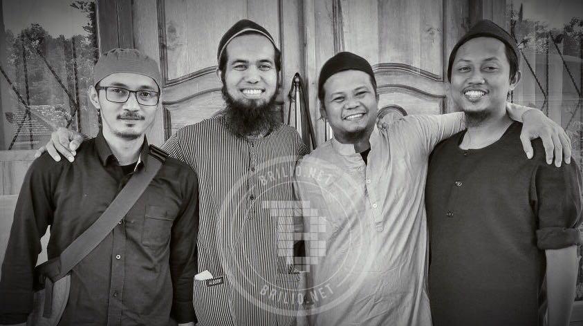 15 Musisi Tanah Air hijrah dalami Islam, 'musik haram vs musik dakwah'