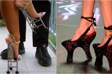 12 Model high heels nyeleneh ini malah bikin kaki kamu ngilu