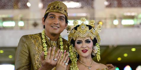 5 Fakta pernikahan Lucky Hakim dan Tiara Dewi, ada isu settingan