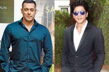 Shah Rukh Khan mendadak hadiahi Salman Khan mobil mewah, ini alasannya
