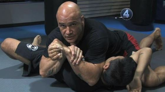 Kenalin ini 10 petarung MMA dunia paling jago, tonjokannya maut