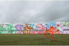 Seniman ini pecahkan rekor mural terpanjang, capai 10 ribu meter