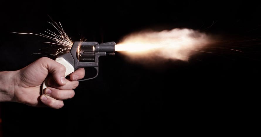 Sadis, suami ini tembak istrinya akibat telat hidangkan makan malam