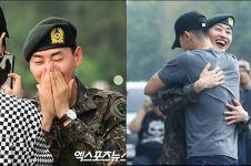 10 Foto Eunhyuk 'Super Junior' saat selesai wajib militer, penuh haru