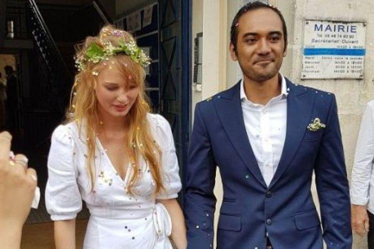 4 Artis ganteng Tanah Air ini menikahi cewek warga negara asing