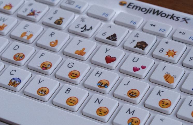 Apple rilis emoji baru, ada perempuan berhijab dan ibu menyusui