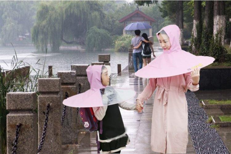 Payung kepala unik asal China ini praktis dibawa, cocok untuk pejalan