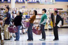 6 Trik menghindari antre di kasir supermarket