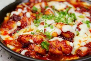 Resep mudah bikin Buldak Chicken di rumah, pecinta K-Drama wajib coba