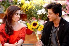 Dikabarkan akan main film bareng SRK, tanggapan Kajol bikin syok