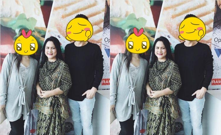 Iriana Jokowi minta foto bareng, pasangan artis ini jadi salah tingkah