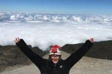 Bocah 8 tahun ini jadi pendaki Kilimanjaro termuda, keren deh!