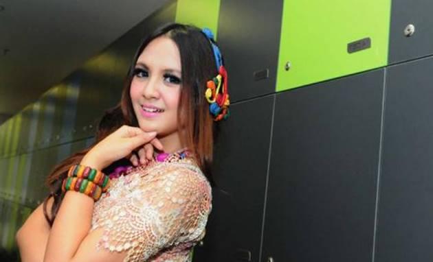 8 Artis Indonesia Yang Meninggal di Hari Jumat
