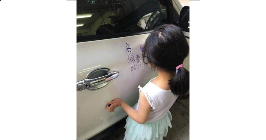 Gadis kecil ini gambari mobil mewah ayahnya, hasilnya keren