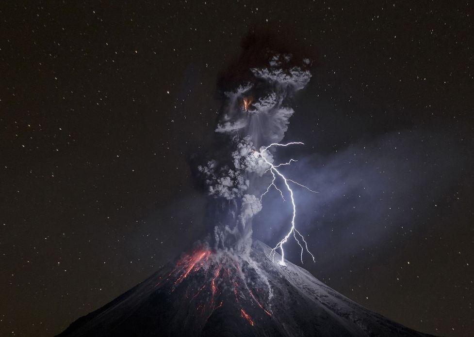 10 Foto juara National Geographic Travel ini keren, ada dari Indonesia
