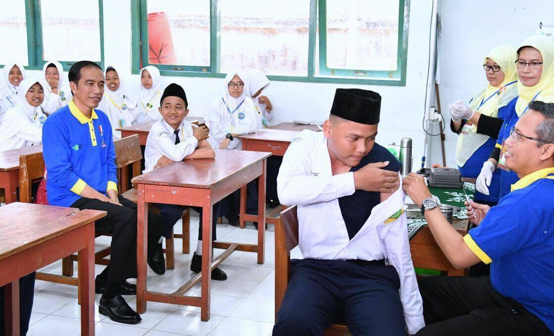 10 Foto ekspresi Jokowi di berbagai acara, masa wajah gini diktator?